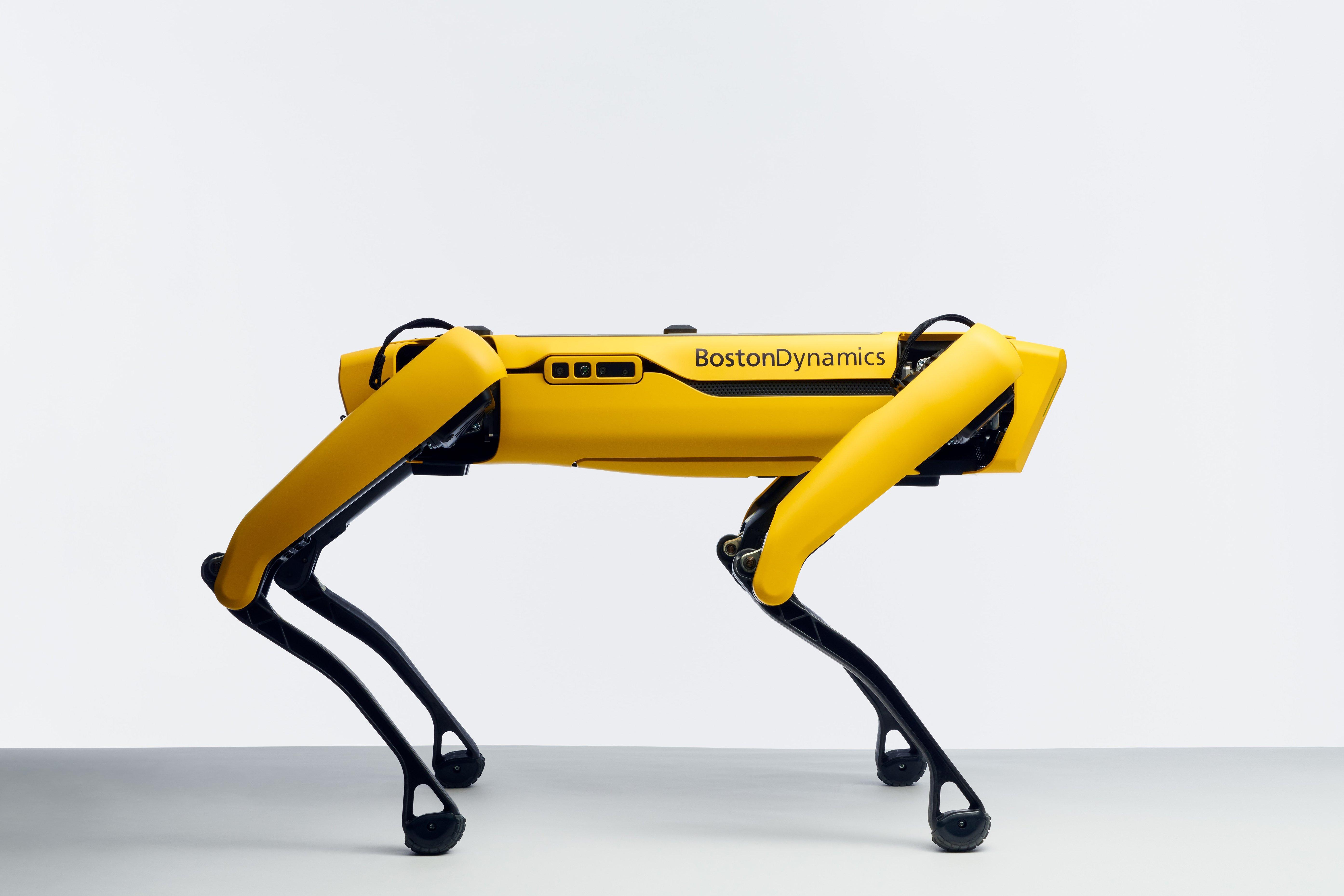 Robotický pes od Boston Dynamics práve v predaji