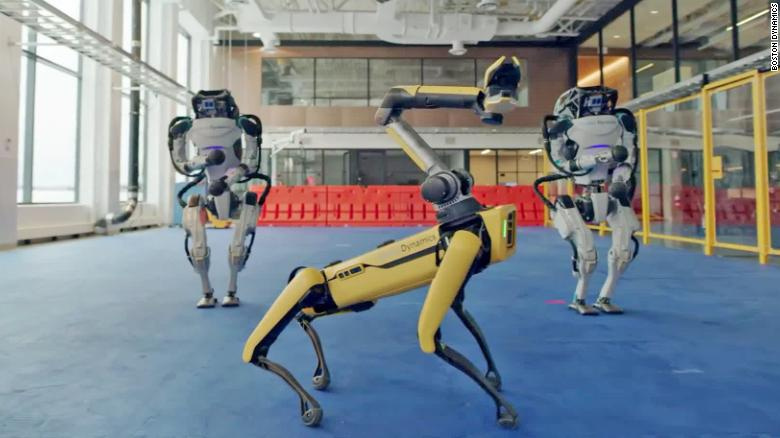 "Roboti z Boston Dynamics tancujú na hudobný hit ""Do you love me"""