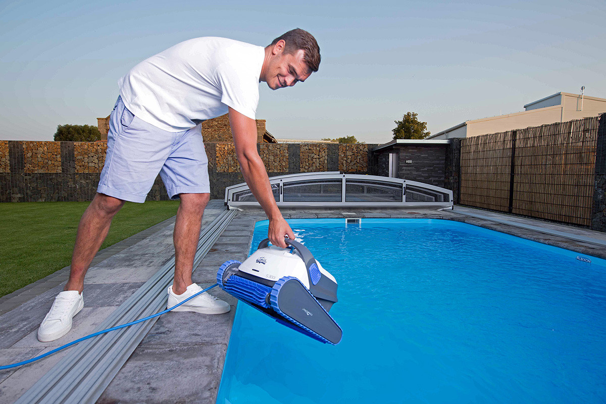 Predstavenie bazénového vysávača Dolphin S300i