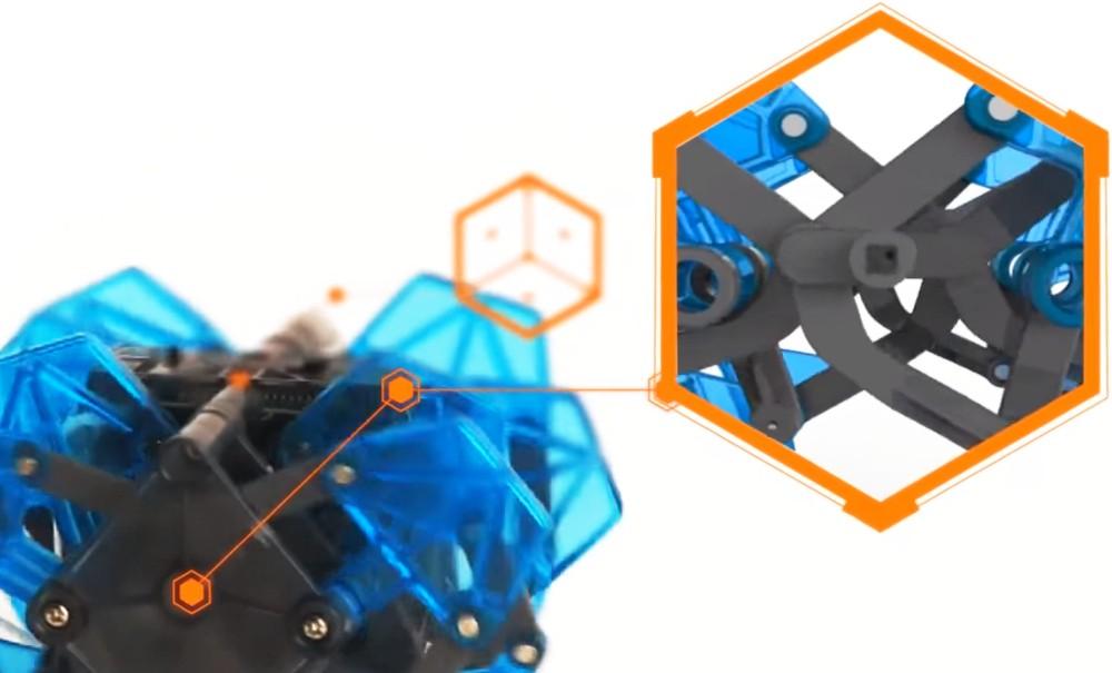 Představení robotické hračky HEXBUG Monstrum XL