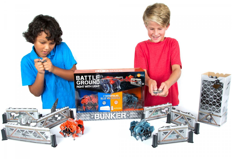 Představení robotické hračky HEXBUG Bojové tarantule - Bunker set
