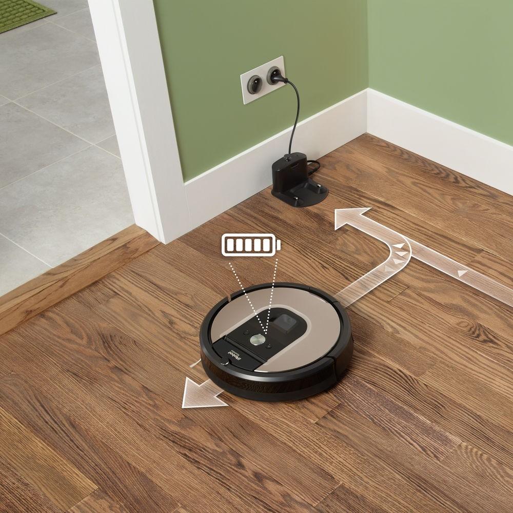 Keď Roombe dôjde energia, príde sa sama nabiť