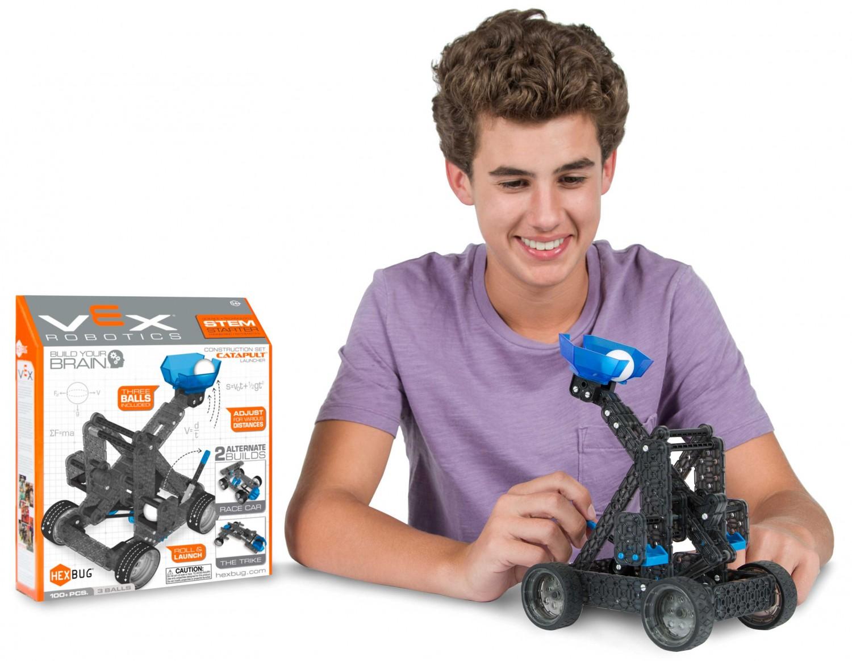 Predstavenie robotickej hračky HEXBUG VEX Katapult