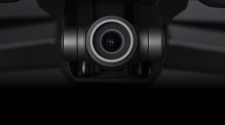 Kvalitní 4K Ultra HD kamera s dvojnásobným zoomem