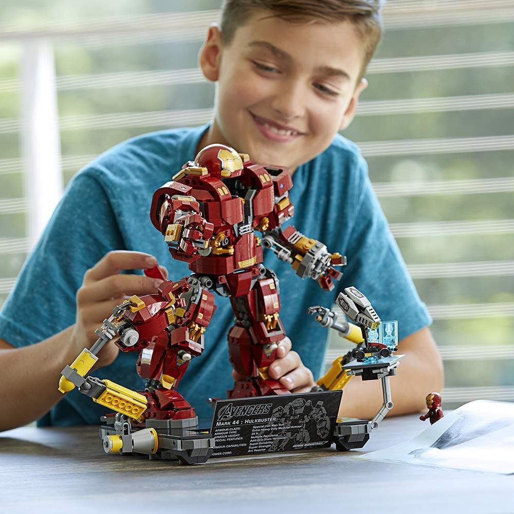 Predstavenie stavebnice LEGO Super Heroes 76105