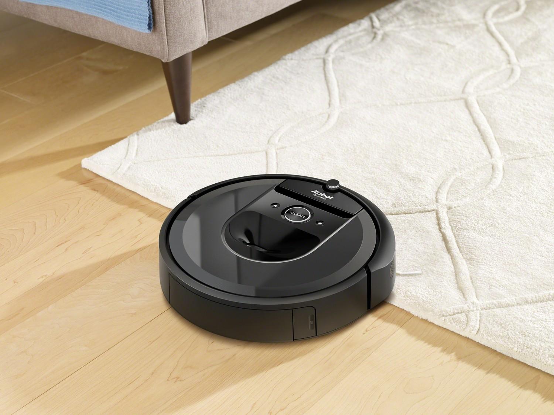Predstavenie robotického vysávača  iRobot Roomba i7 (7158)