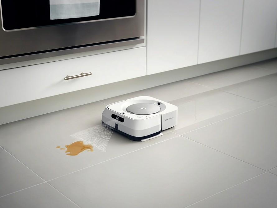Predstavenie robotického mopu iRobot Braava jet m6