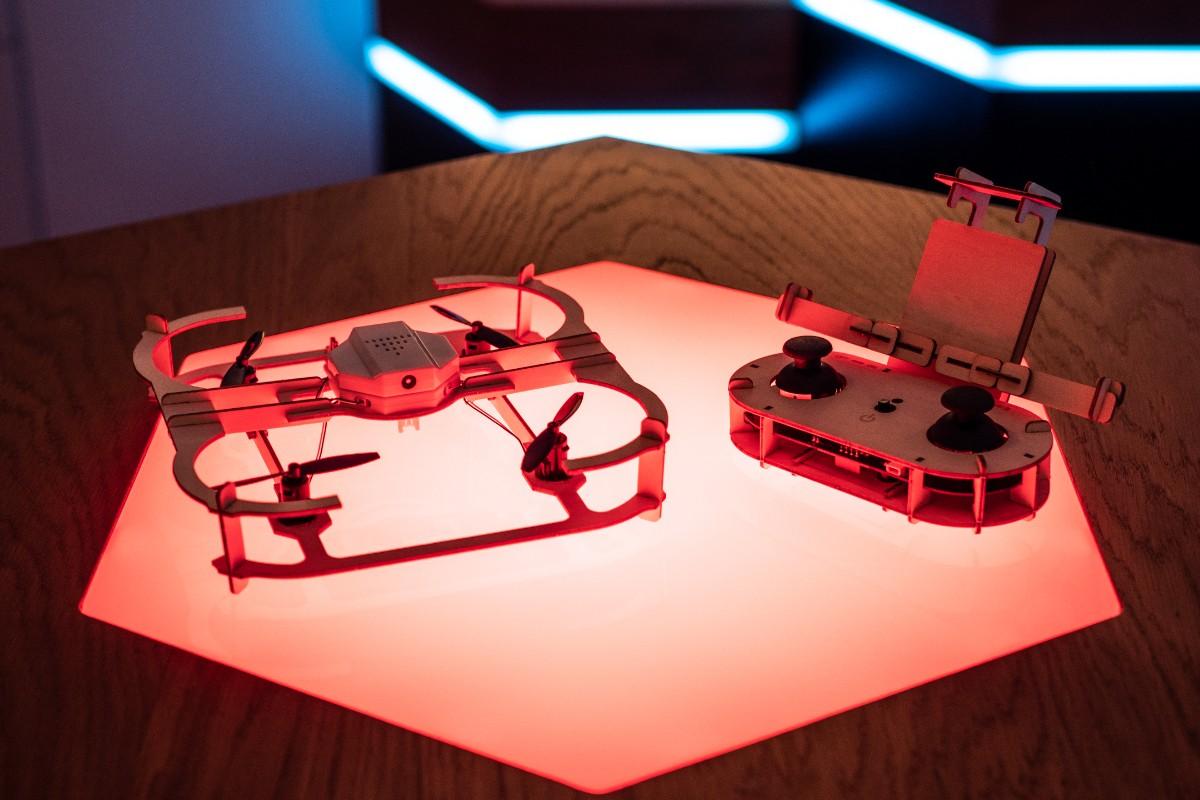 Zložte si svoj dron bez všakovakého náradia