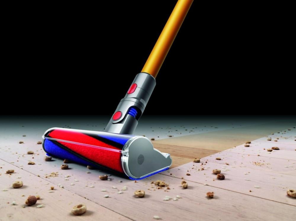 Účinná kefa na hladké podlahy